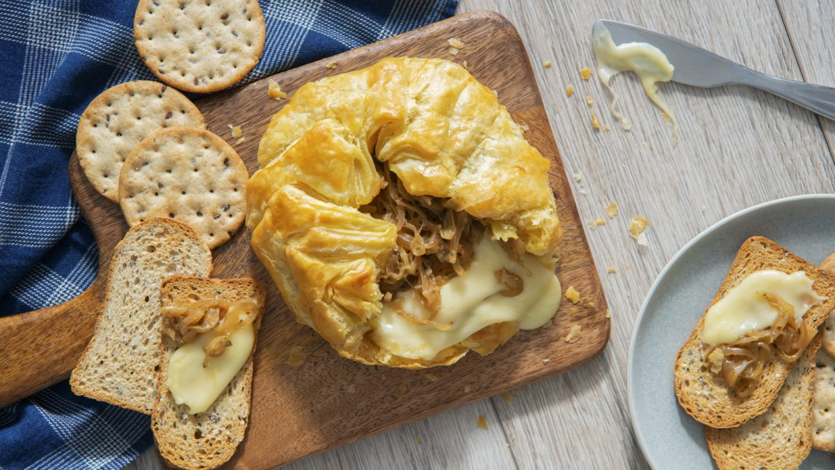 French Onion Baked Brie