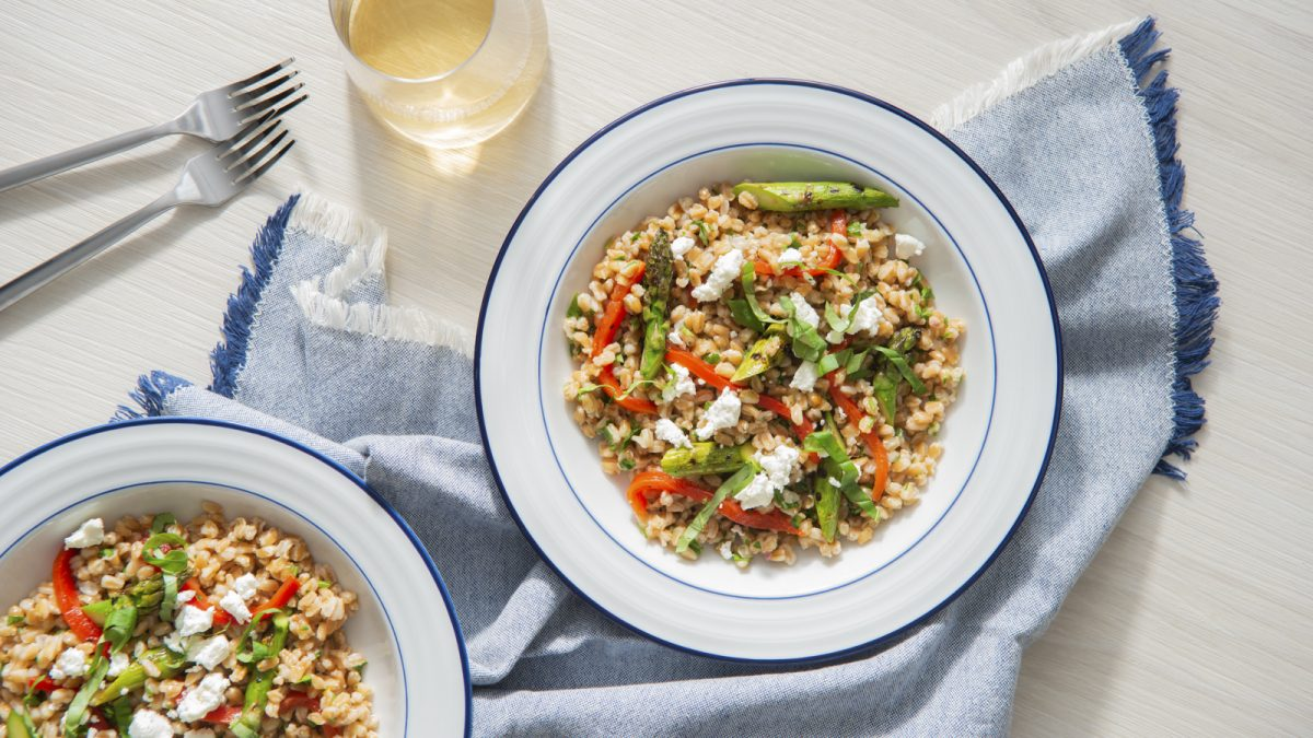Grilled Asparagus and Farro Salad