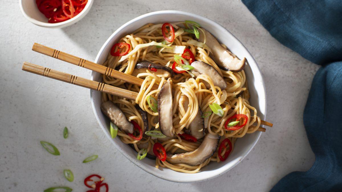 Shiitake Mushroom Chow Mein